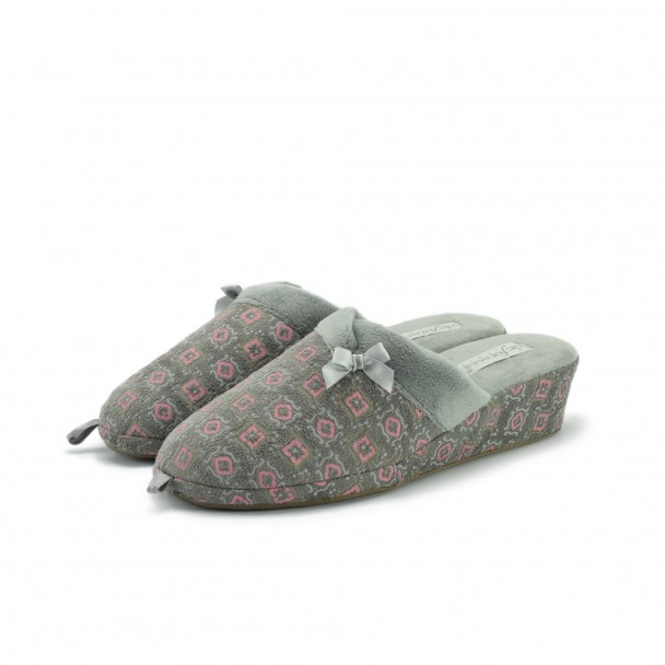 Woman home slippers Defonseca, PALERMO W209, tortora
